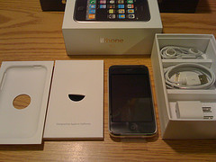 FS:16 GB Apple iPhone, Apple iPhone 3G 16 GB, Sony Ericsson xperia x1