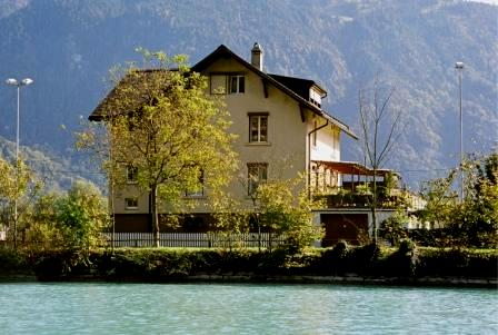 Ferien - Apartment Riverholiday *** am Aarefluss Interlaken Ost, Berner Oberland Jungfrau    Region Schweiz